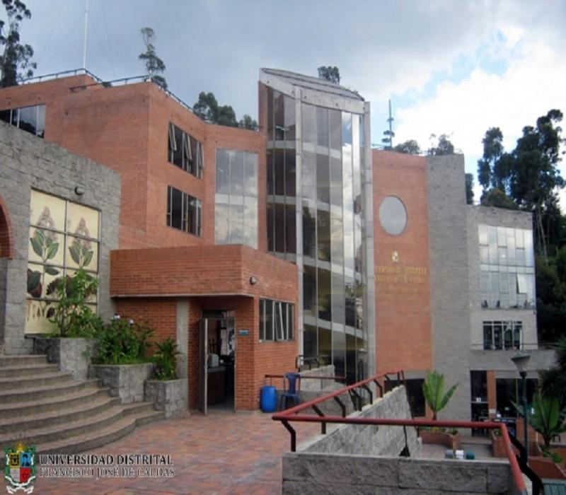 Facultad de Medio Ambiente y Recursos Naturales