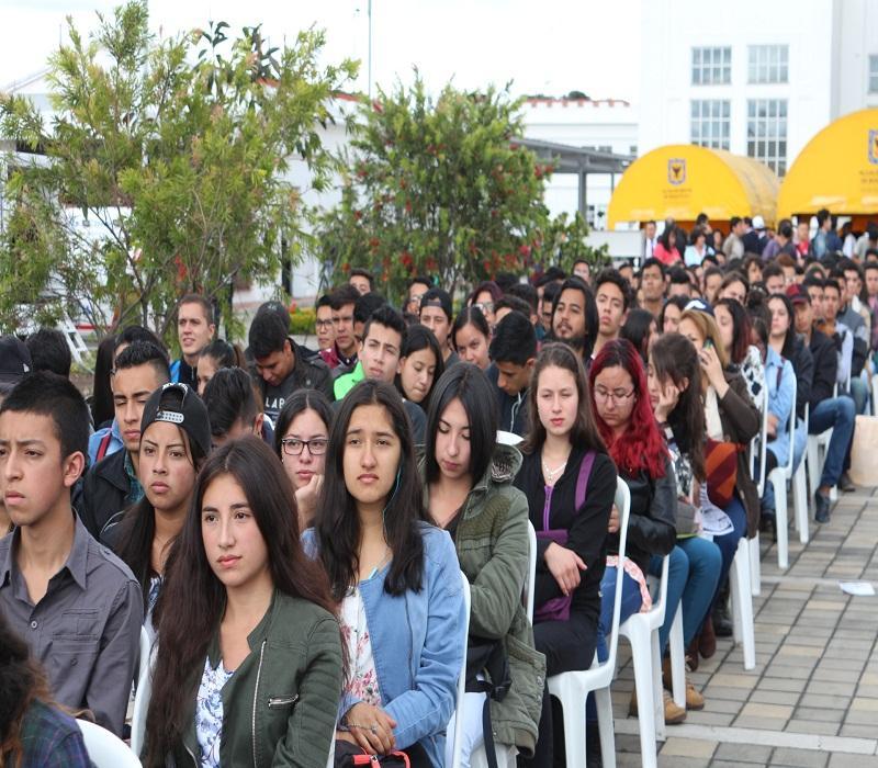 Universidad abierta y en clases: una defensa del bien común