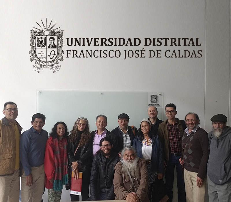Dra. Catherine Walsh y docentes de la Universidad Distrital