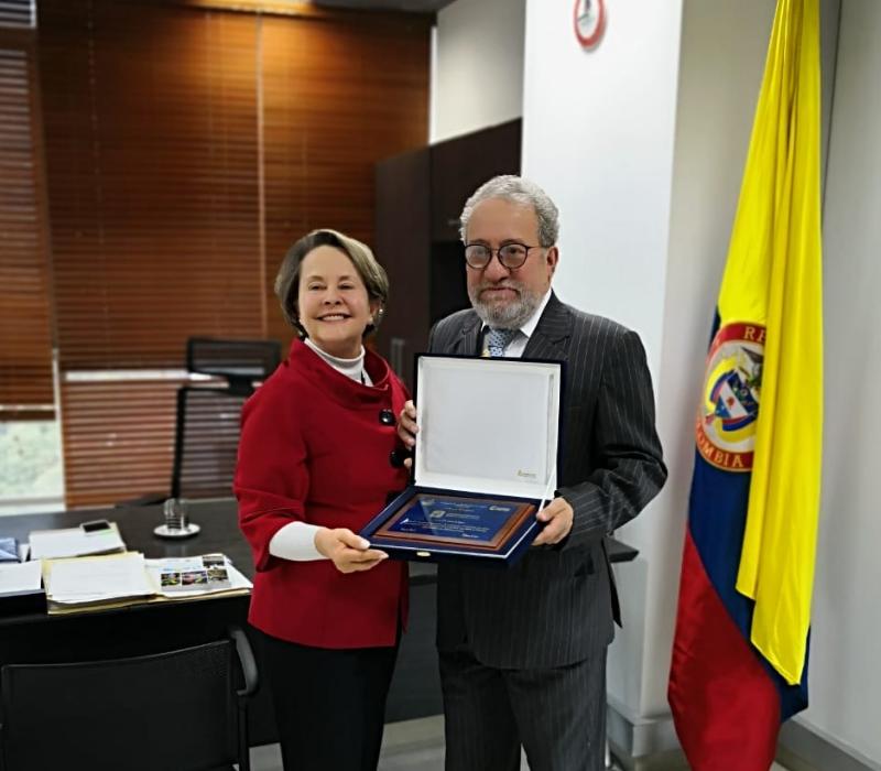 FODESEP hace reconocimiento especial a la Universidad Distrital