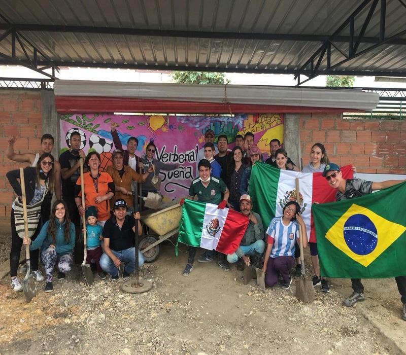 Estudiantes internacionales aportan a Verbenal Sueña