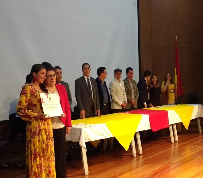 Nuevos graduandos de la Facultad de Ciencias y Educación